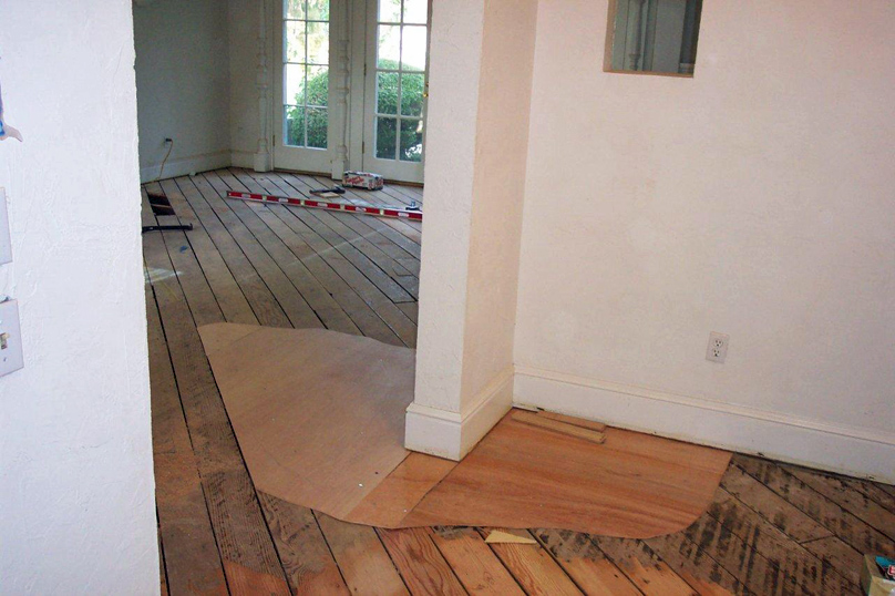 oip-sub-flooring-preparation_02-dcp0399